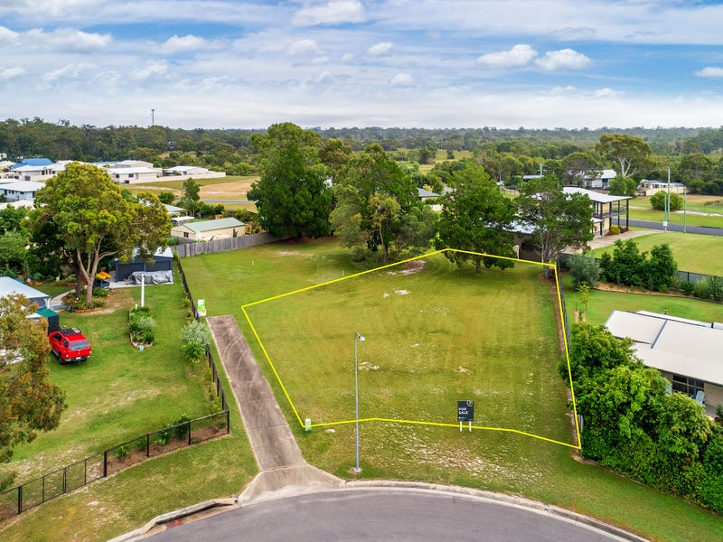8 Themeda Way, Poona, Qld 4650