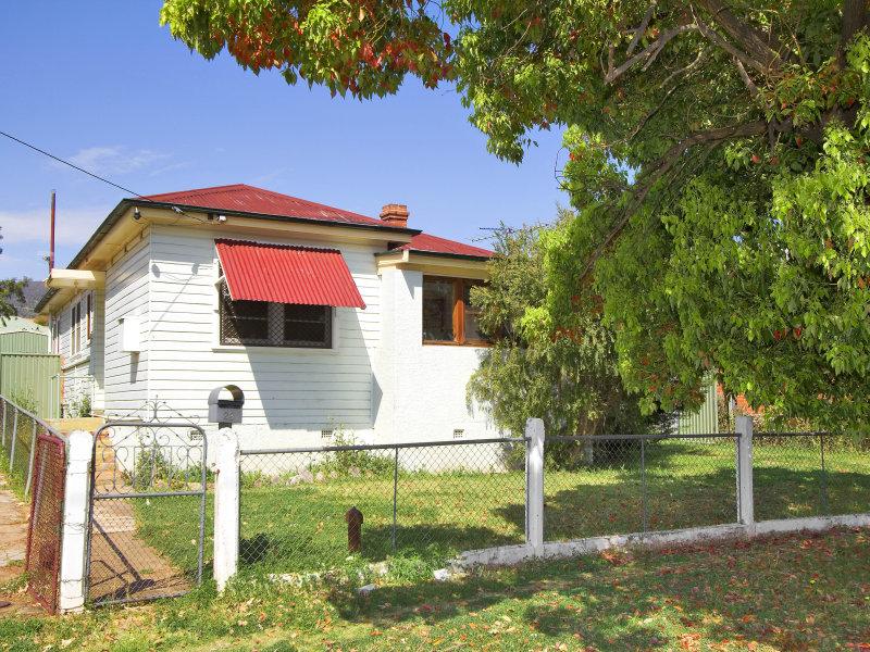 23 Hyman Street, Tamworth, NSW 2340