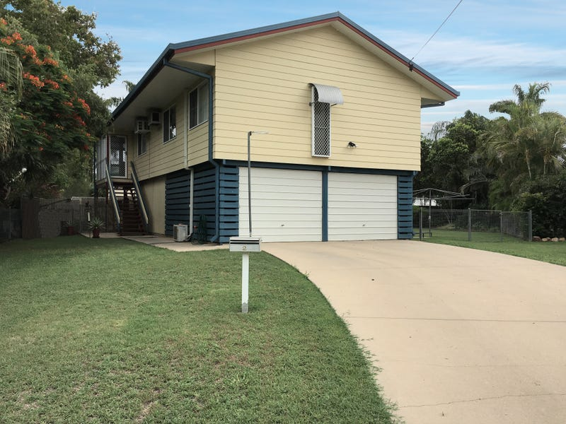 2 Thomas Place, Emerald, Qld 4720