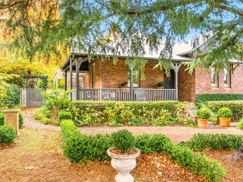 110 Mittagong Road, Bowral, NSW 2576
