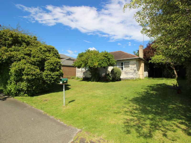 26 Chamberlain Road, Newborough, Vic 3825