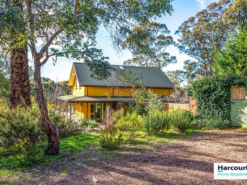 154 Weeroona Drive, Wamboin, NSW 2620