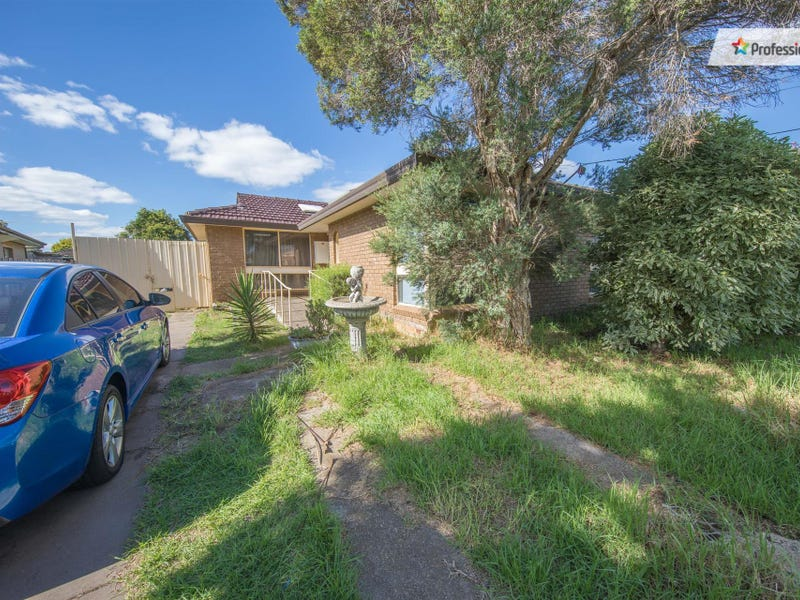 20 Monash Street, Melton South, Vic 3338