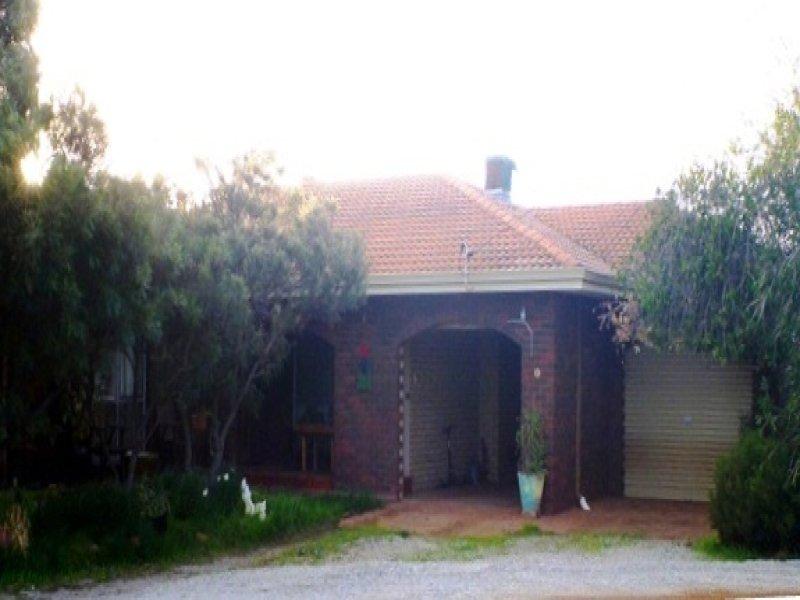 2 Banksia Place, Lake Grace, WA 6353
