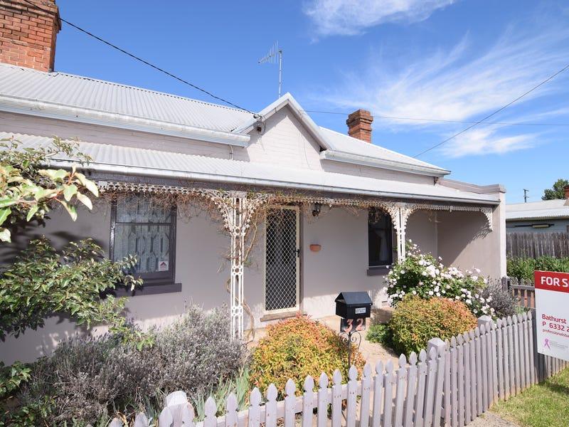 32 Henry Street, Bathurst, NSW 2795