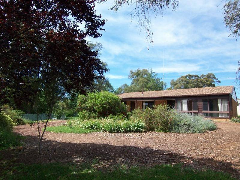 7 Scott Avenue, Cootamundra, NSW 2590