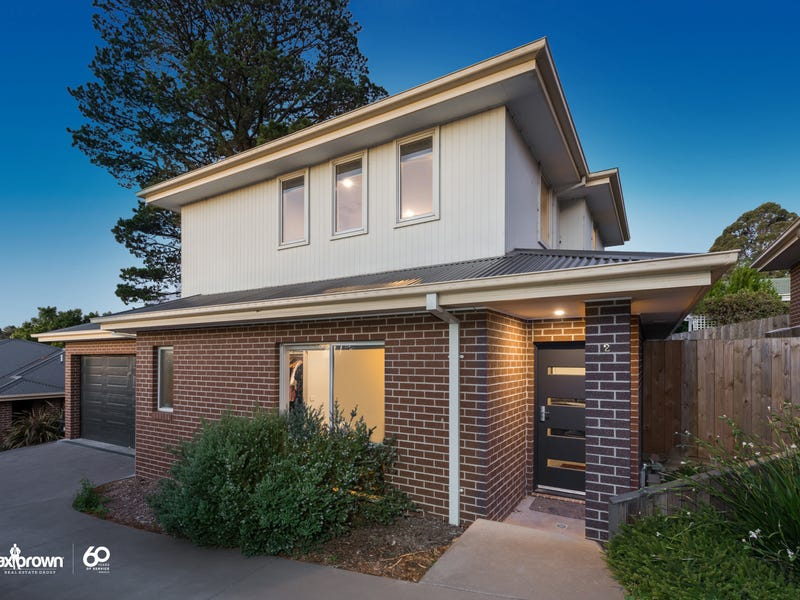 2/7 Canterbury Road, Montrose, Vic 3765