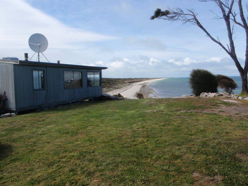 957 PALANA ROAD, Whitemark, Tas 7255