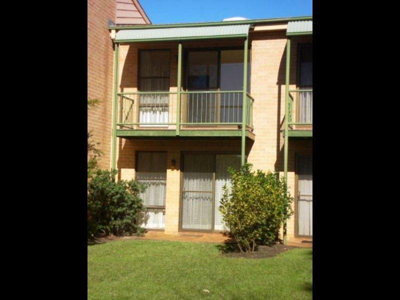 48 Thora Street, Sussex Inlet, NSW 2540
