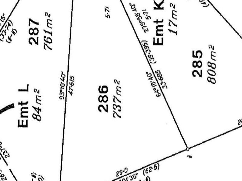 8 Barra Close, Kanimbla, Qld 4870