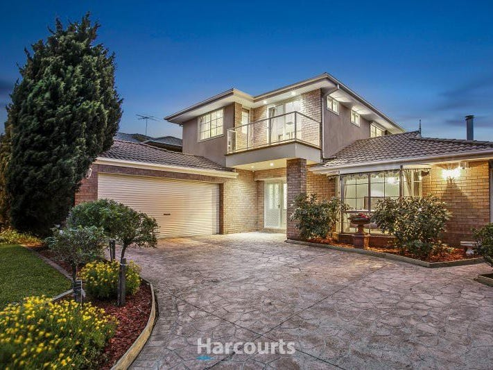 100 Oakgrove Drive, Narre Warren South, Vic 3805