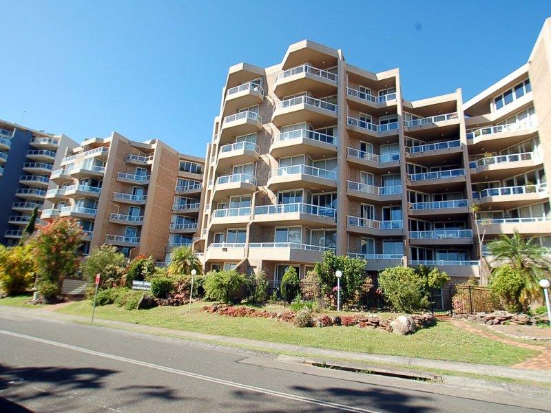 42/91-95 John Whiteway Drive, Gosford, NSW 2250
