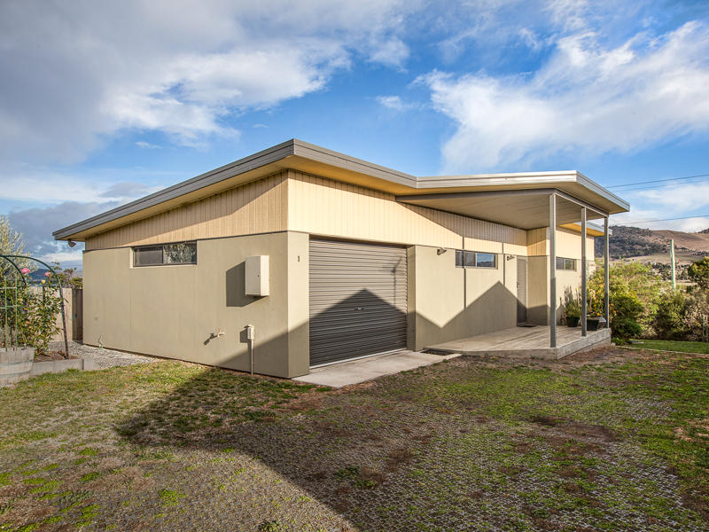 1 20 Caitlin Court, Midway Point, Tas 7171