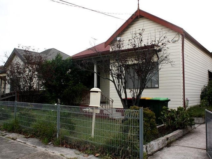 4 St Hilliers Road, Auburn, NSW 2144