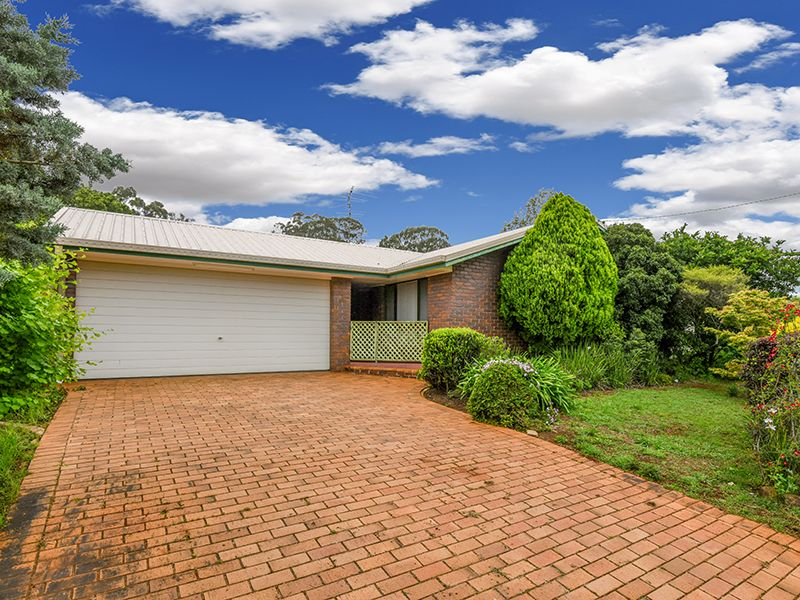 9 Bamboo Court, Darling Heights, Qld 4350