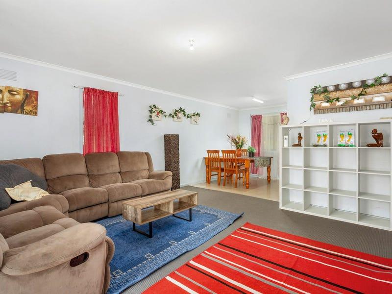 3 Barton Street, Taree, NSW 2430