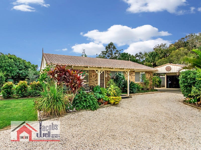 14 Petrel Place, Jacobs Well, Qld 4208
