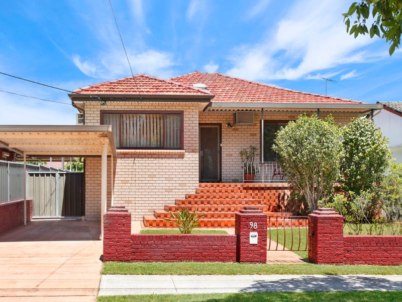 98 Malta St, Fairfield East, NSW 2165