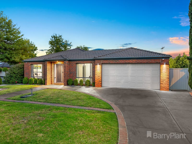 1 Honeysuckle Close, Pakenham, Vic 3810