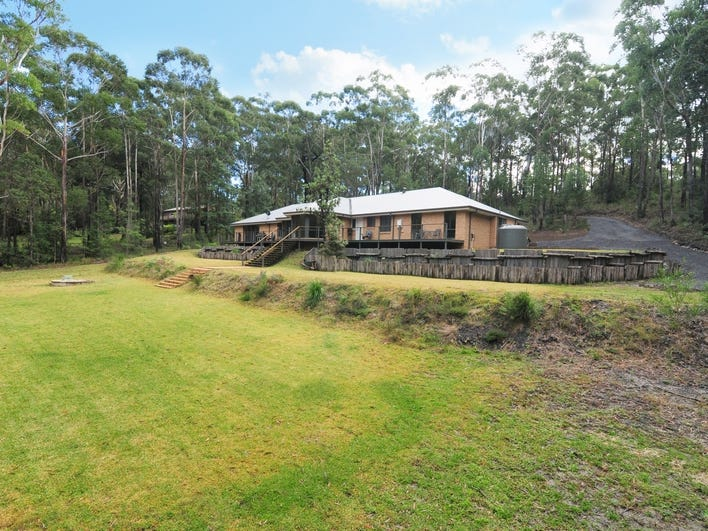 37 McArthur Drive, Falls Creek, NSW 2540