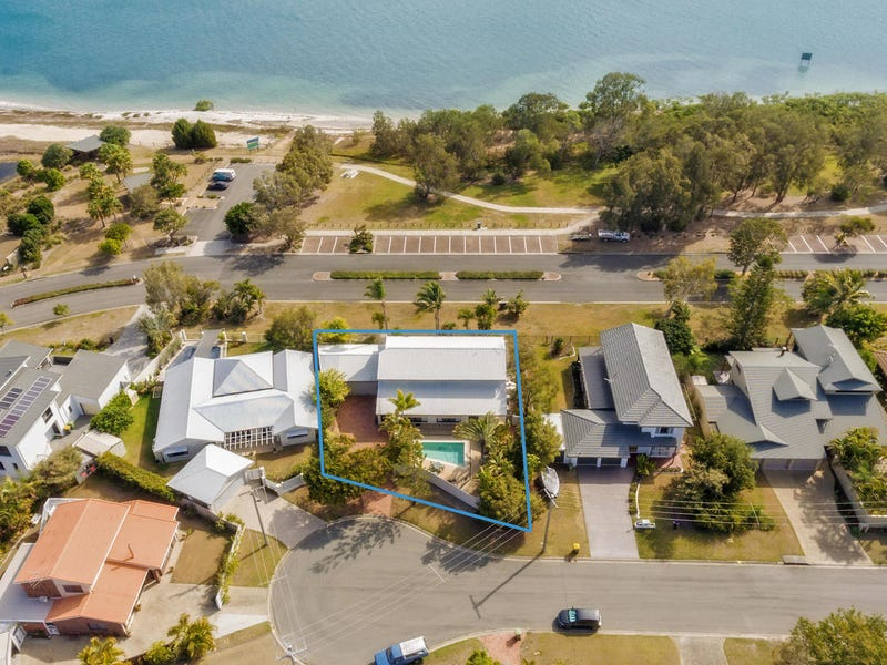 18 Venus Court, Banksia Beach, Qld 4507