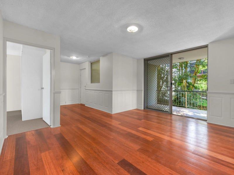 1/69 Burlington Street, East Brisbane