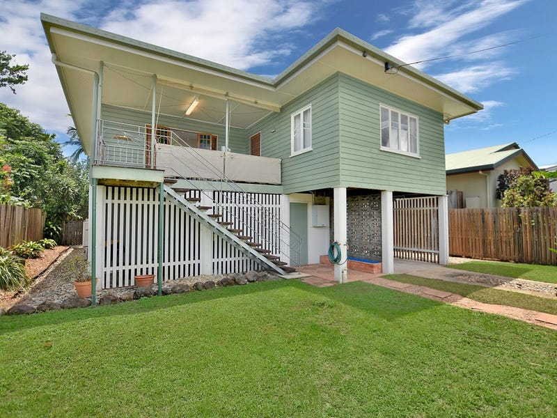 34 English Street, Manunda, Qld 4870