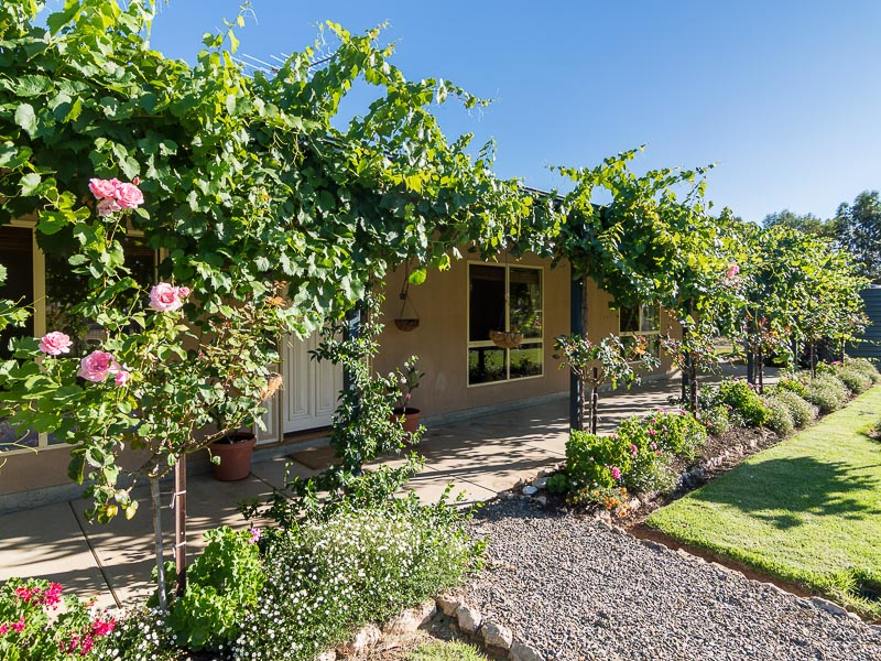 104 Trainers Way, Strathalbyn, SA 5255