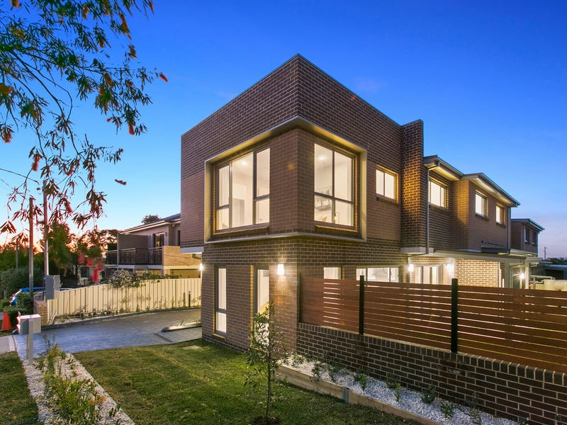 1/10 Nicholson Street, Penshurst, NSW 2222