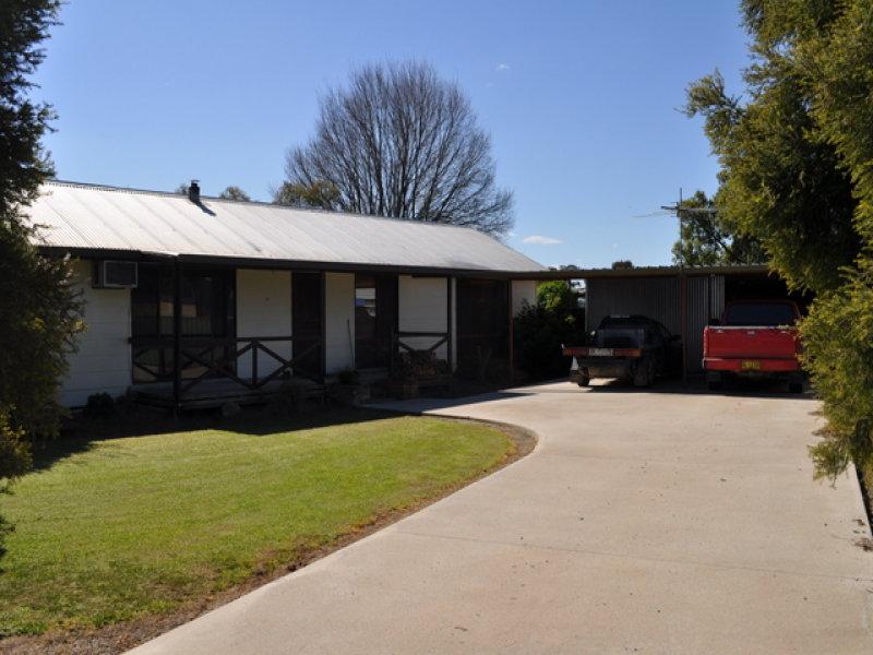 4 Purtell Street, Morven, NSW 2660