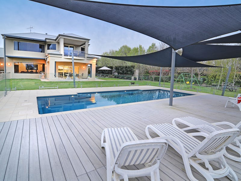 9 Bowna Park Drive, Table Top, NSW 2640
