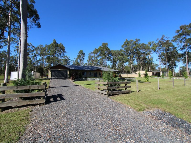 21 Warrina Circuit, Nabiac, NSW 2312