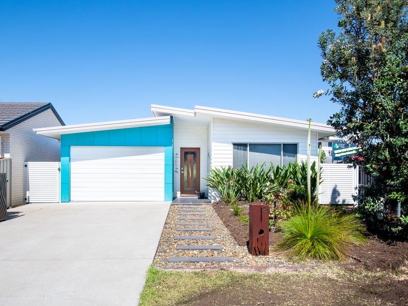 2 Fiddaman Road, Emerald Beach, NSW 2456