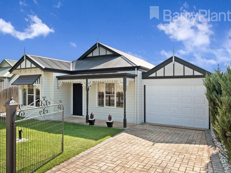 25 Whistler Crescent, Point Cook, Vic 3030