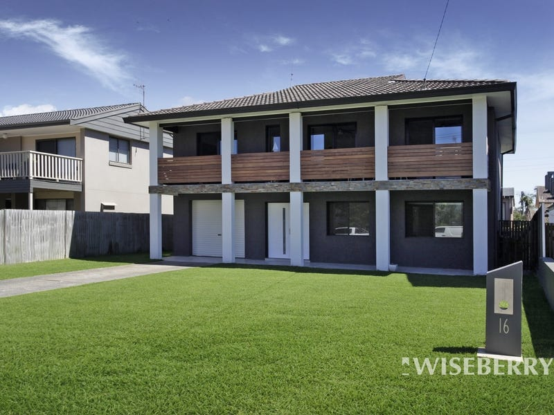 16 Curtis Parade, The Entrance North, NSW 2261