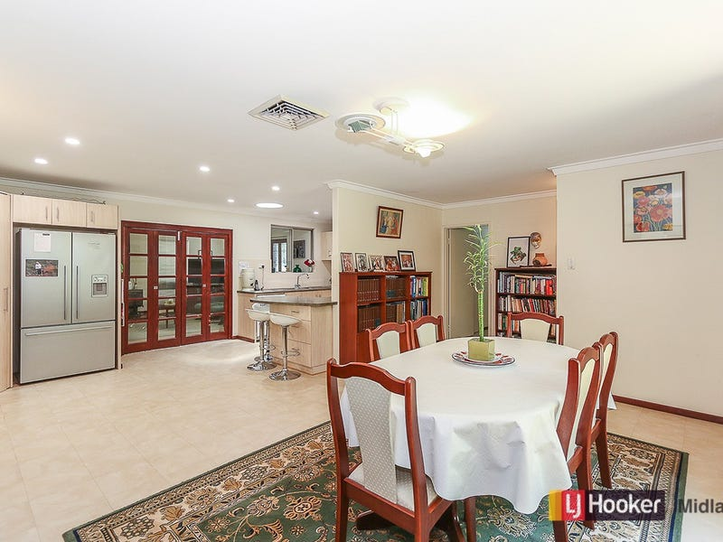 21 The Crescent, Helena Valley