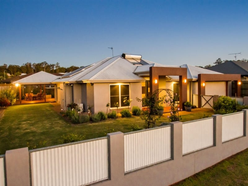 6 Kestrel Court, Rangeville, Qld 4350