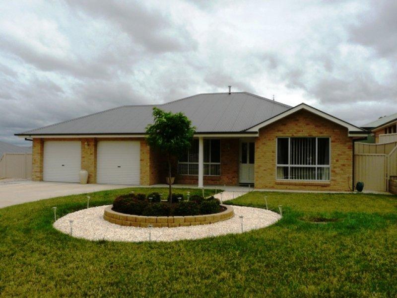 19 Douglas Court, Kelso, NSW 2795