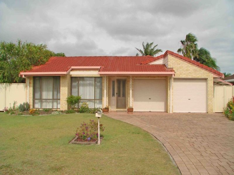 32 Tradewinds Avenue, Paradise Point, Qld 4216