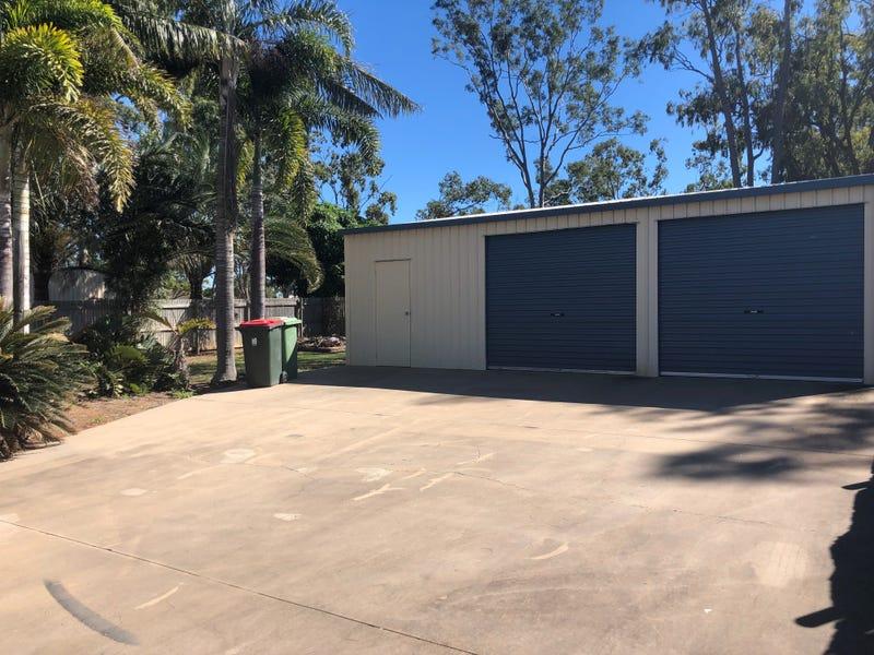 40 Flinders Drive, Moranbah, Qld 4744