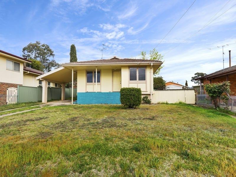 5 Bangalay Street, Queanbeyan, NSW 2620