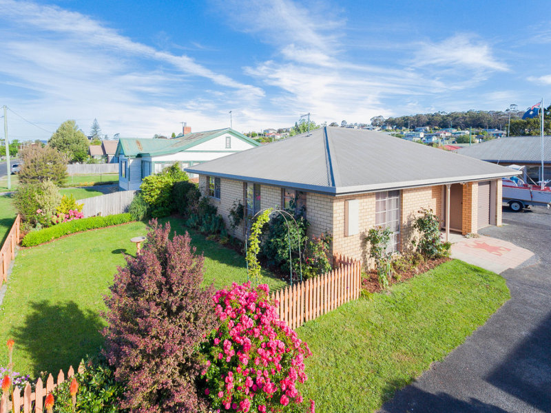 1/21 Scott Street, Beauty Point, Tas 7270