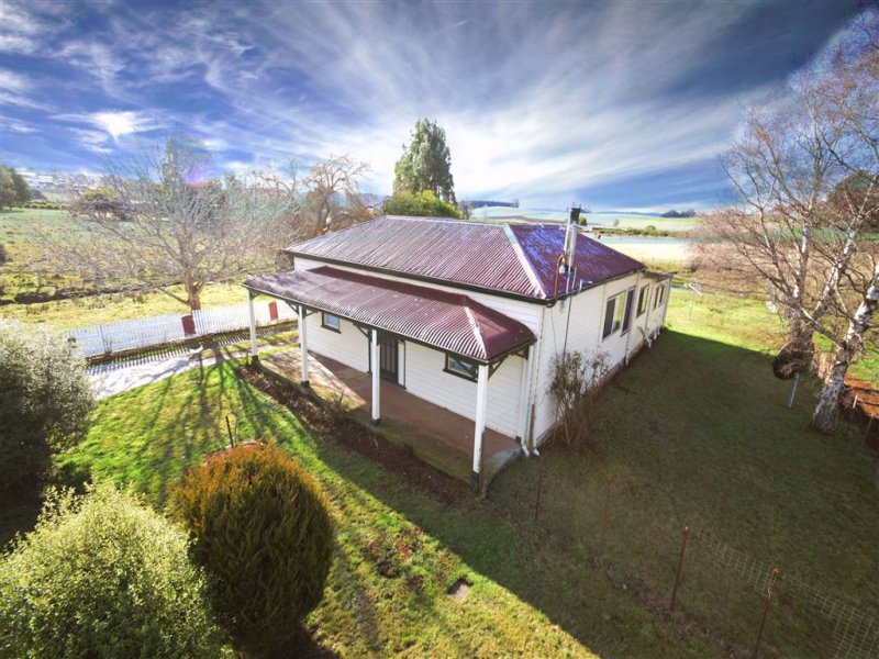 94 East Barrack, Deloraine, Tas 7304