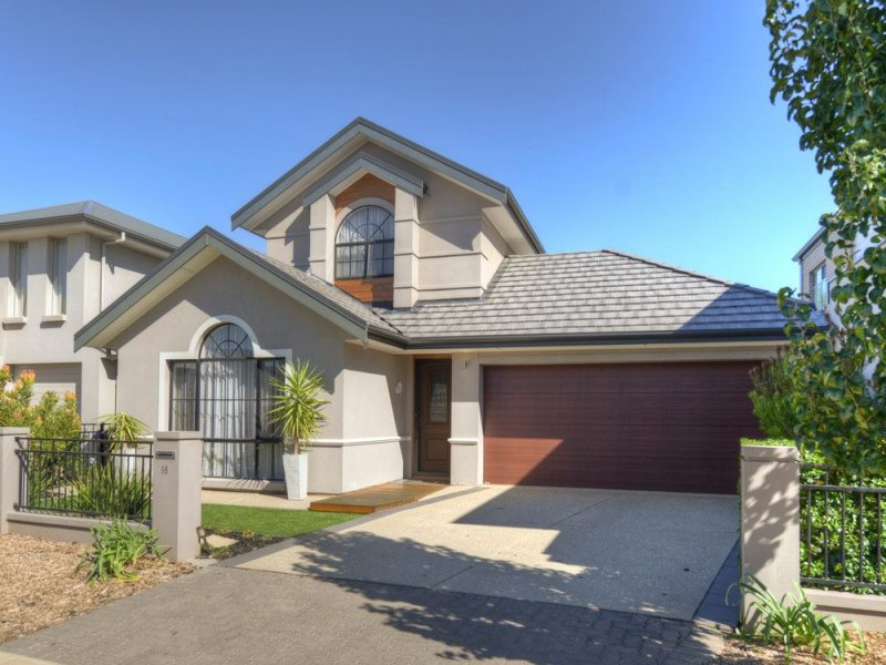 16 Emery Place, St Clair, SA 5011