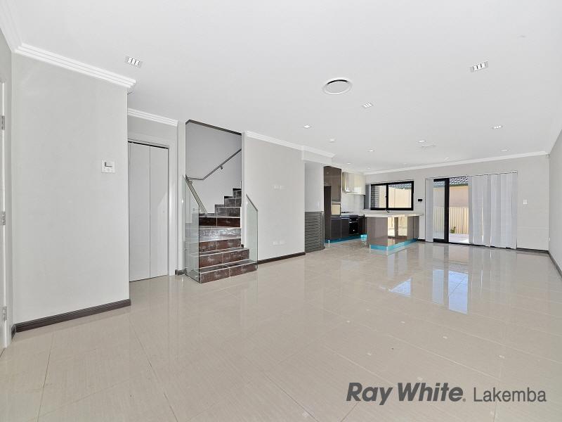 4/329 Roberts Road, Greenacre, NSW 2190
