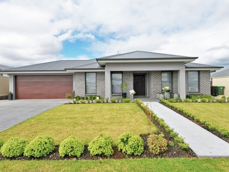 18 Coates Drive, Kelso, NSW 2795