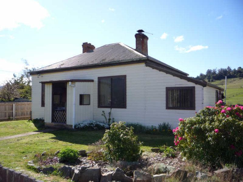 42 Pioneer Drive, Mole Creek, Tas 7304