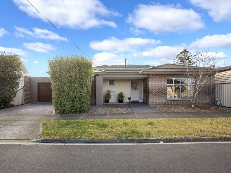 14 Davis Avenue, Avondale Heights, Vic 3034