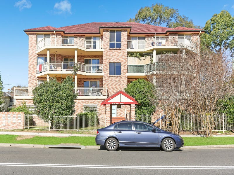 6/187 Sandal Crescent, Carramar, NSW 2163