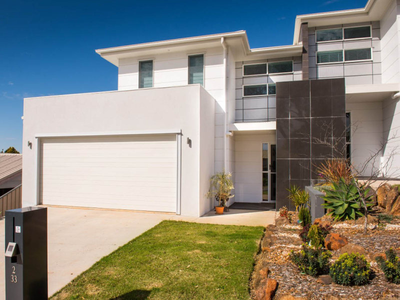 Unit 2/33 Horrocks Crescent, Kearneys Spring, Qld 4350